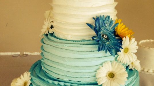 Blue and White Flowers Wedding Cake